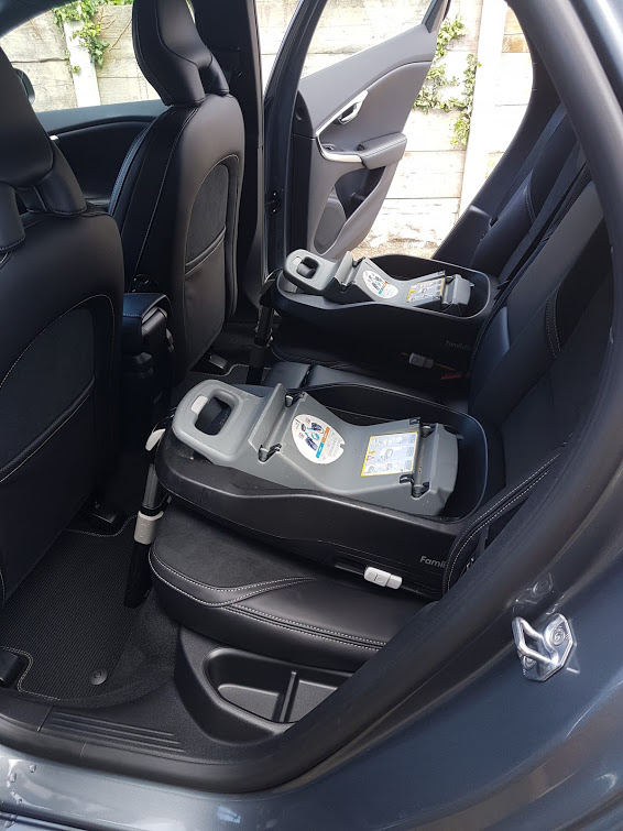 V40 with Isofix