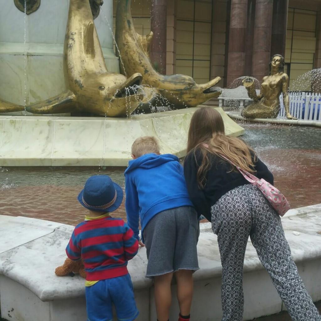 Barton Square fountain