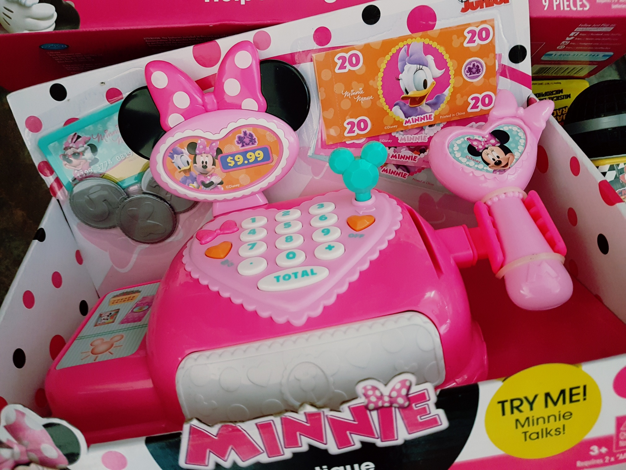 minnie cash desk