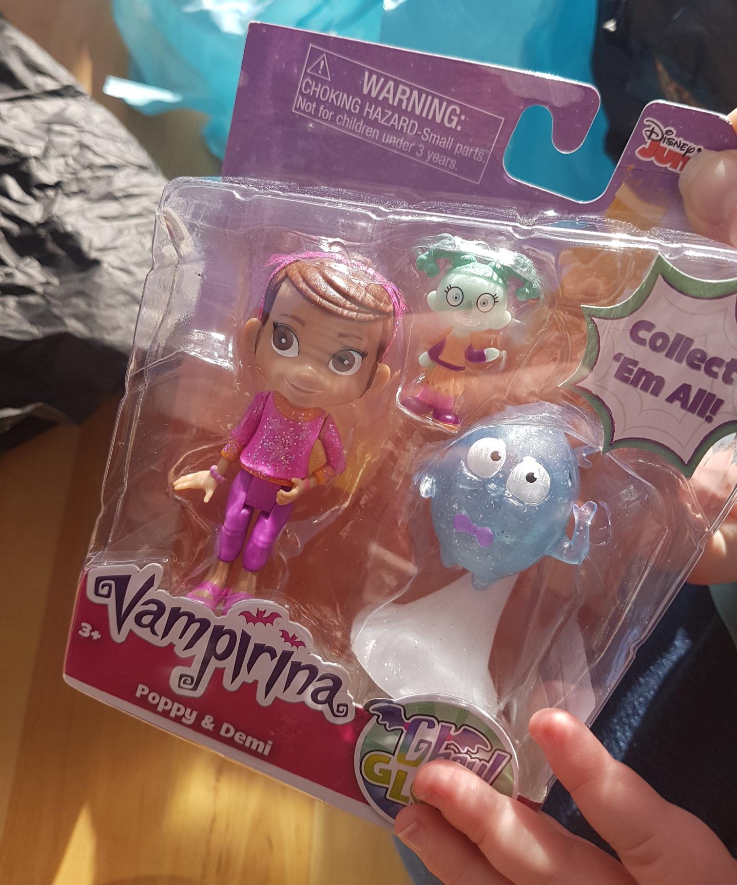 #VampirinaToys