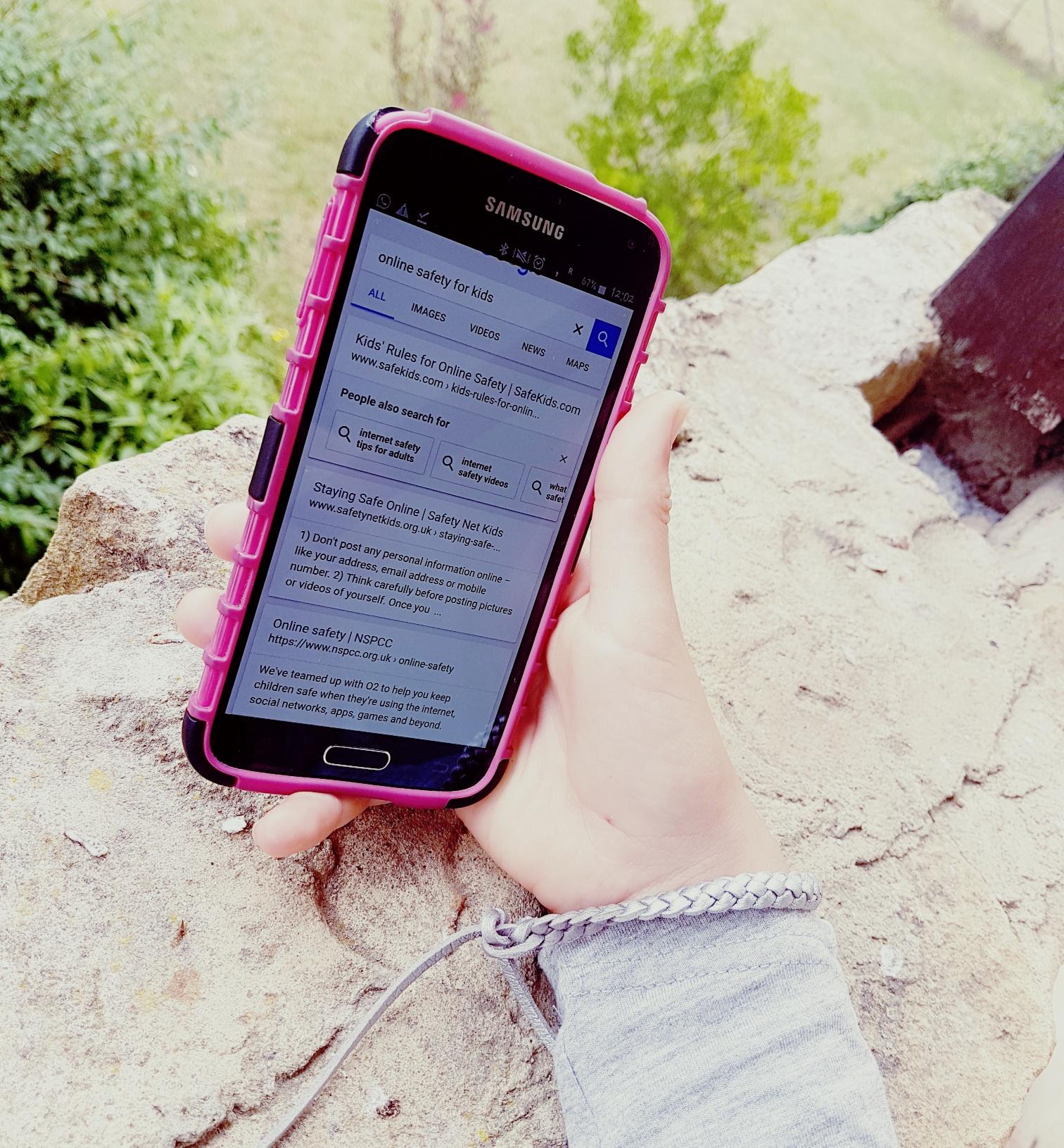 savings money on mobile phones
