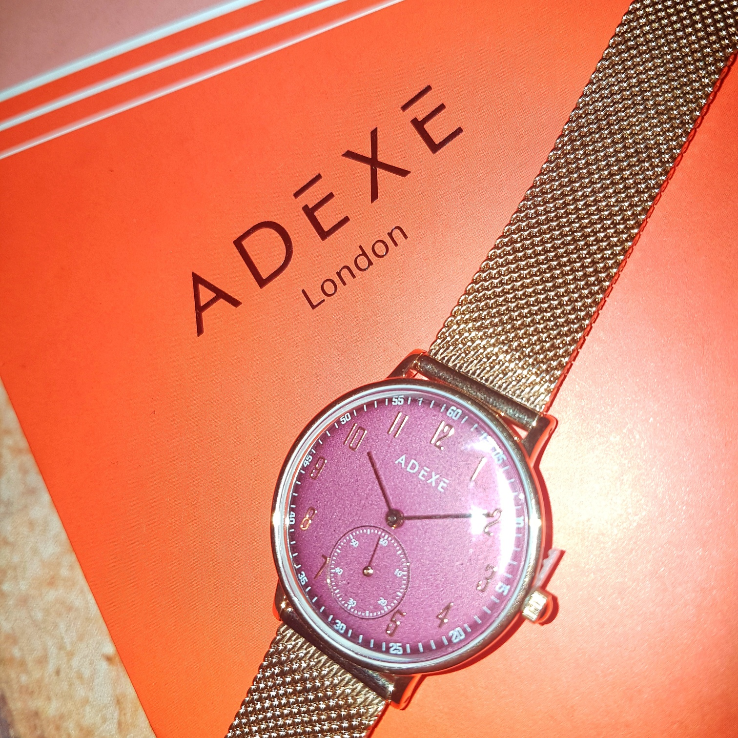 win an Adexe watch